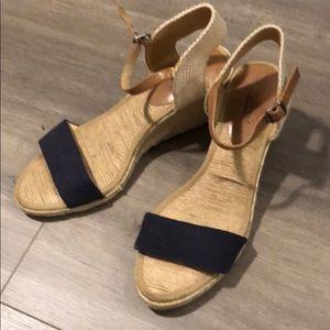 Navy and tan Lucky Brand Wedge